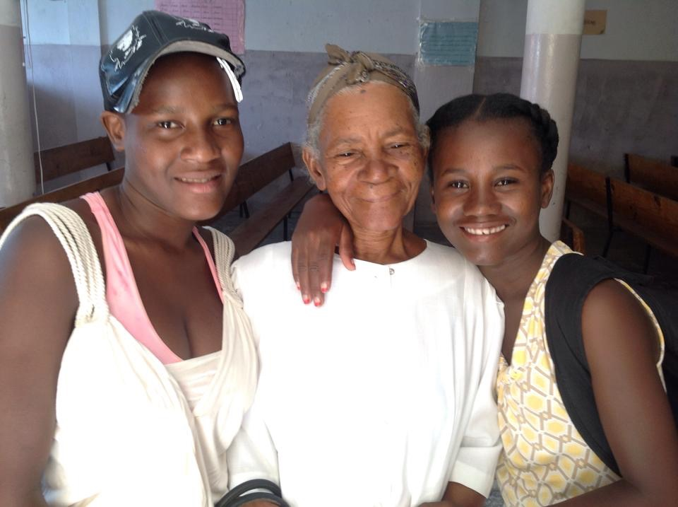 Grandmother, Darlencia and Cindia