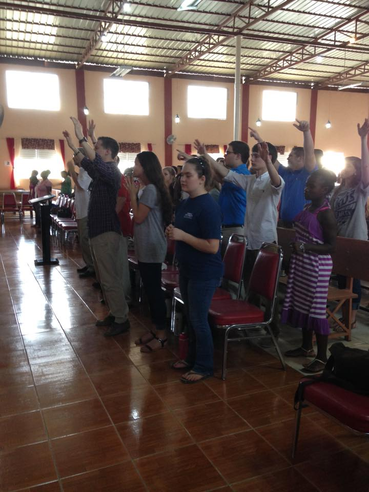 Jason's Team  Worshiping with all they have